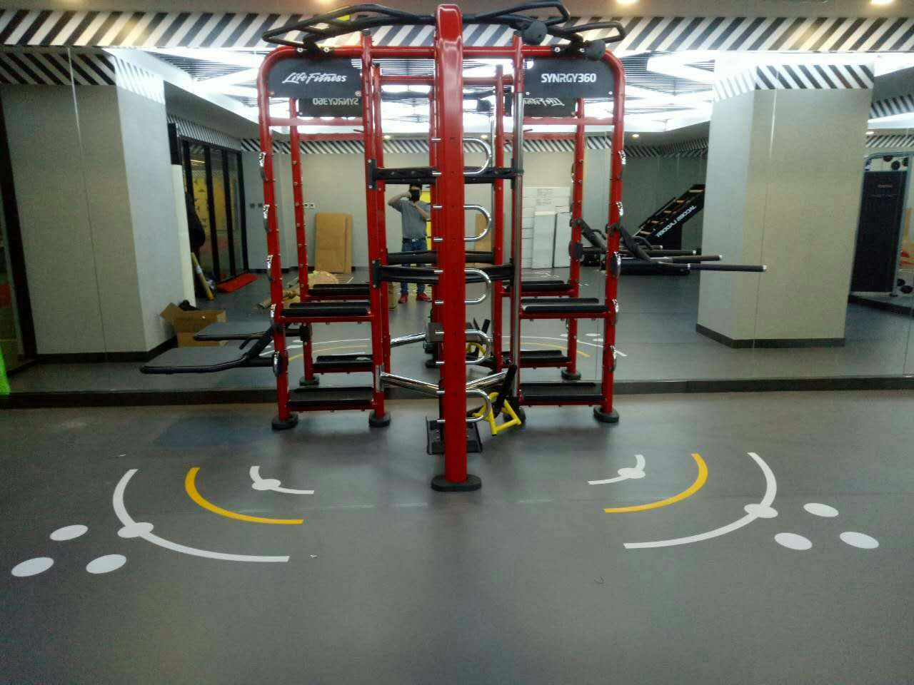 祝贺2017年新年首单健身房工程完美竣工!