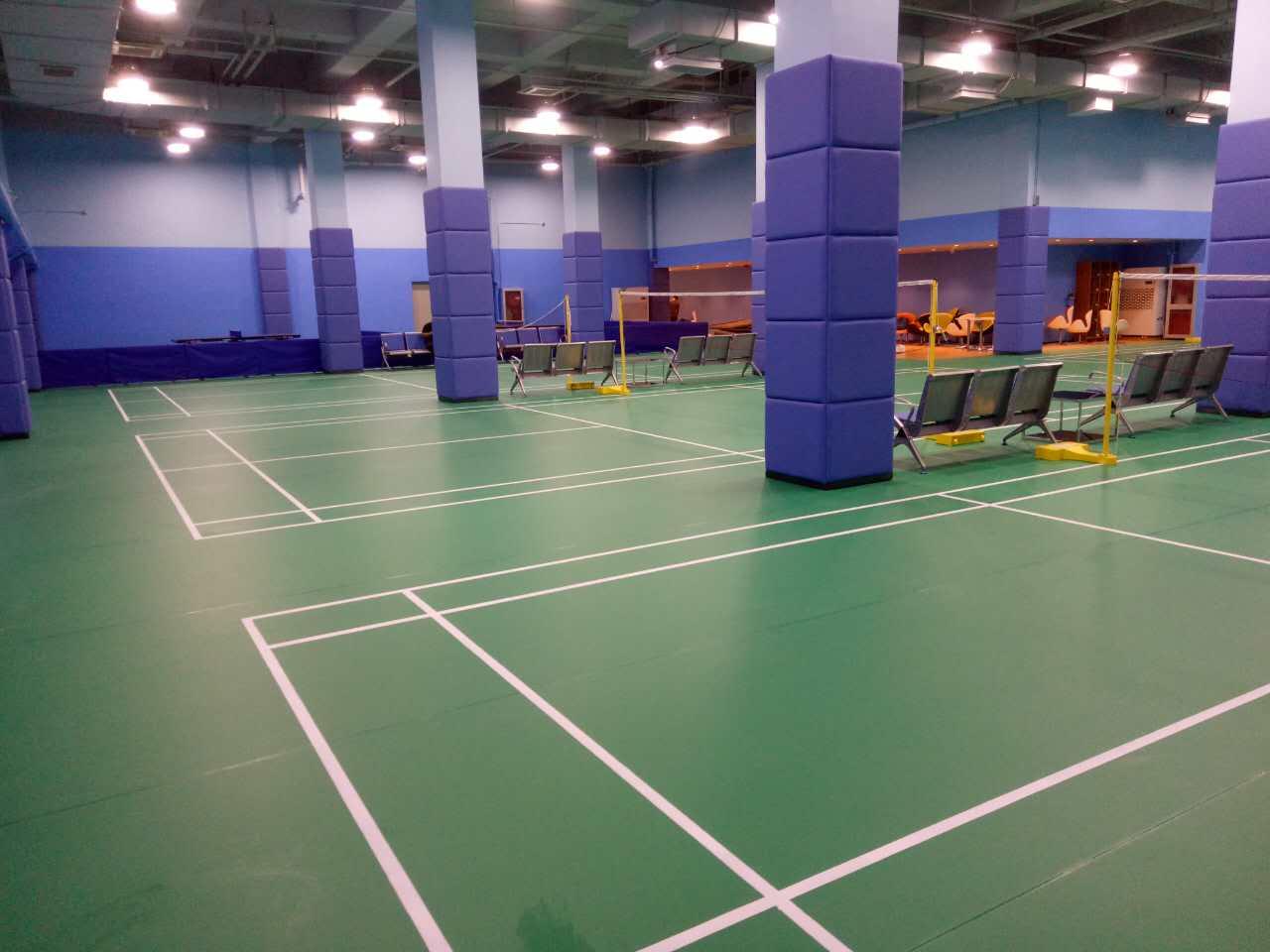 祝贺百纳烟台山酒店运动木地板+运动地胶项目圆满完工!