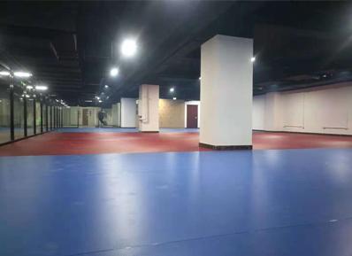 找健身房专用地板供应商?看中化建工程集团怎么选
