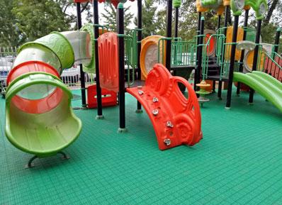 【案例合集】幼儿园用什么地板好,看看他们如何选。