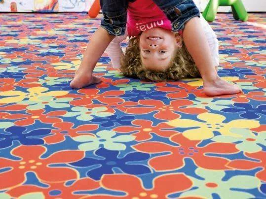 【欢度六一】中润致远幼儿园地板让童梦照进现实!