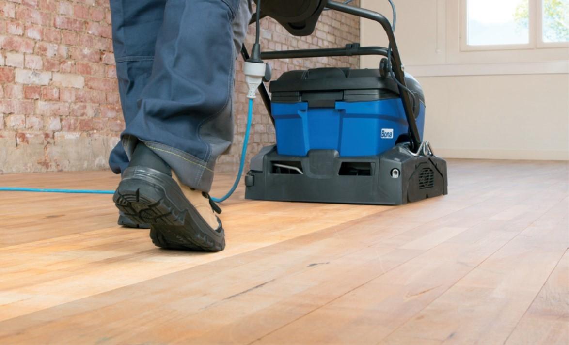 运动木地板季度清洁养护